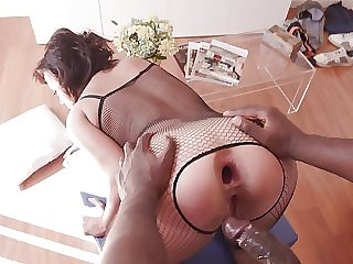 Mature amateur ends up being rear end fucked at the end of one's tether a black hunk