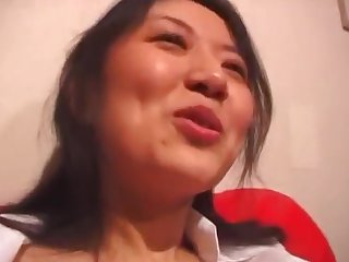 Japanese hottie spreads her legs to be pleasured by her lover