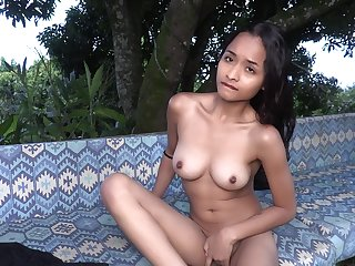 Desirable solo model Liloo enjoys having fun with her wet slit