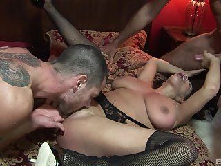 Fine threesome leads voluptuous mature to insane anal orgasms