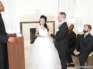 Groom watches his BBW bride banged by others on the wedding day
