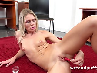 Sassy Czech minx Claudia Macc likes to use a variety of toys to please herself